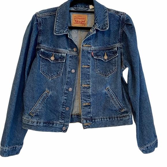 Levi's Denim Jean Jacket Size Medium